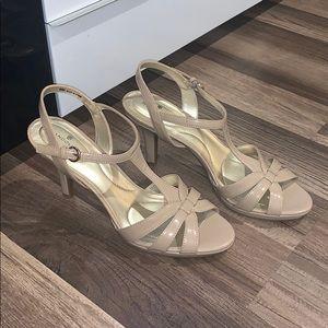 Bandolino heels 9 1/2 women